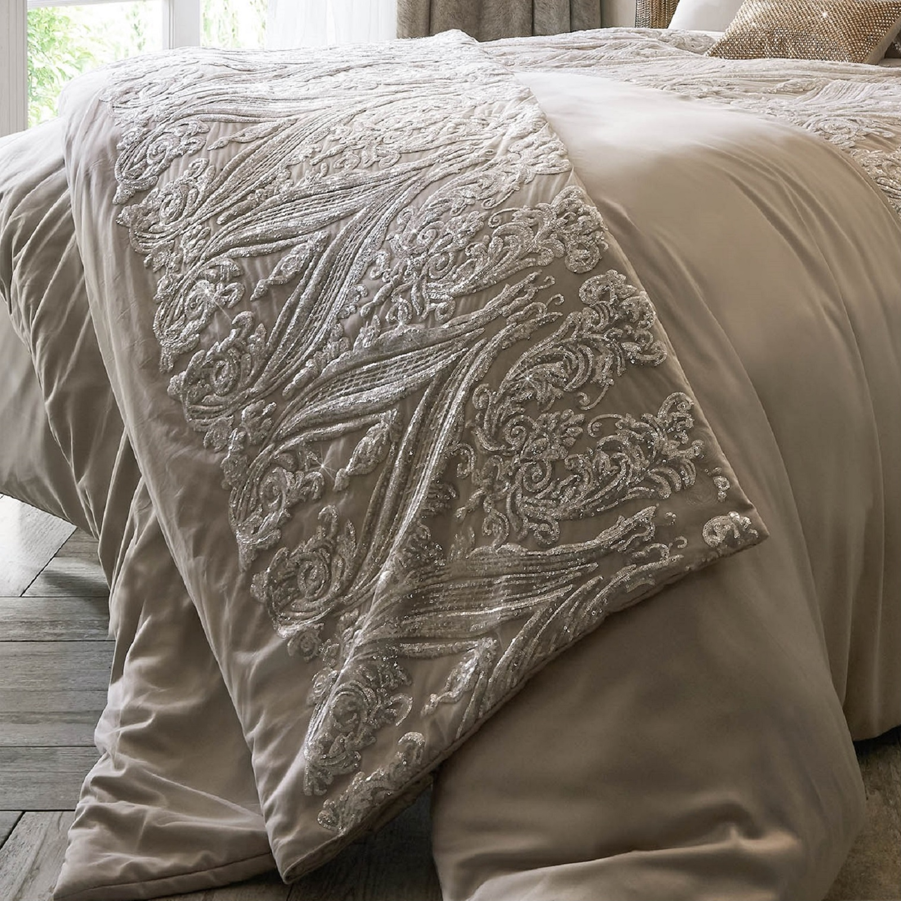 Savoy Blush Bedding By Kylie Minogue At Home House Of